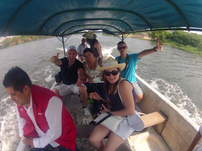 paseo en barca por la antigua