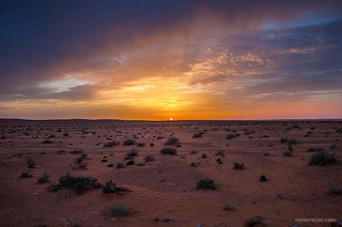 puesta de sol desierto