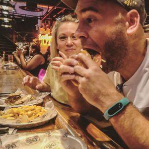 Maana vdeo de las 5 mejores hamburguesas de NuevaYork partehellip
